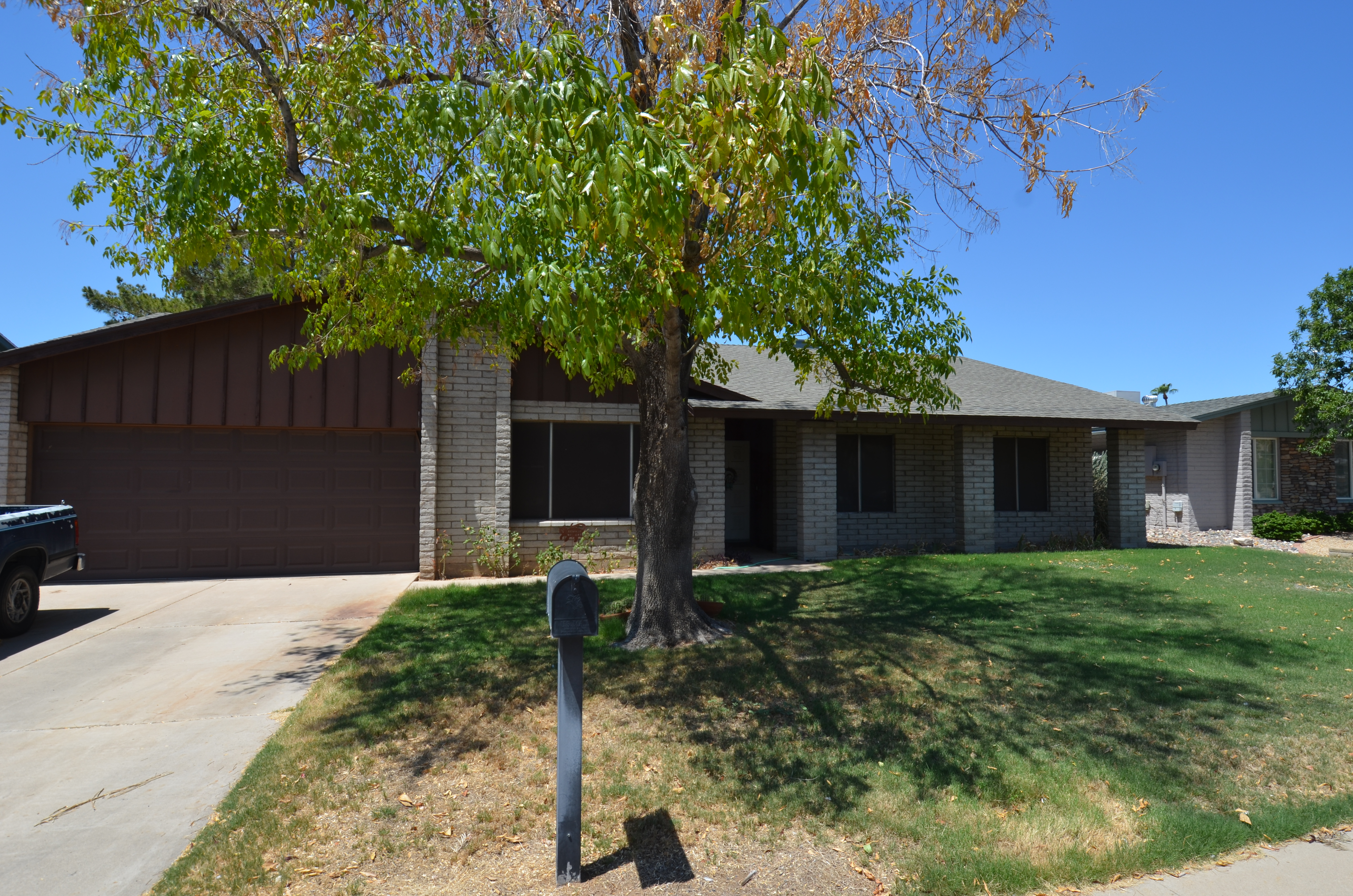 14046 N 39th Lane, Phoenix AZ 85053